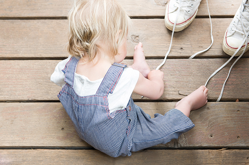 Child-Tying-Shoes
